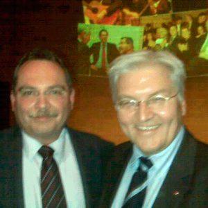 Schiefner trifft SPD Kanzlerkandidaten Frank-Walter Steinmeier auf der Europadelegiertenkonferenz 2008